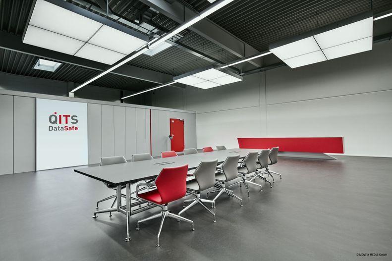 Bild eines Konferenzraumes