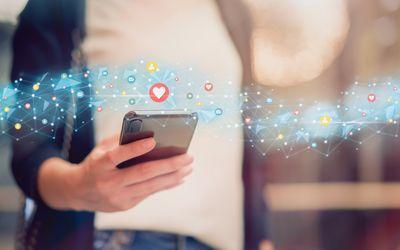 Social Media in Versicherungen – TikTok, Werte und klare Linie