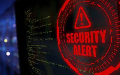 Bedrohung aus dem Netz – wie sich Privat- und Gewerbekunden gegen Cyberangriffe absichern können